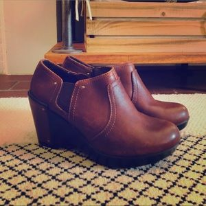 Dansko brown leather booties, size 36.